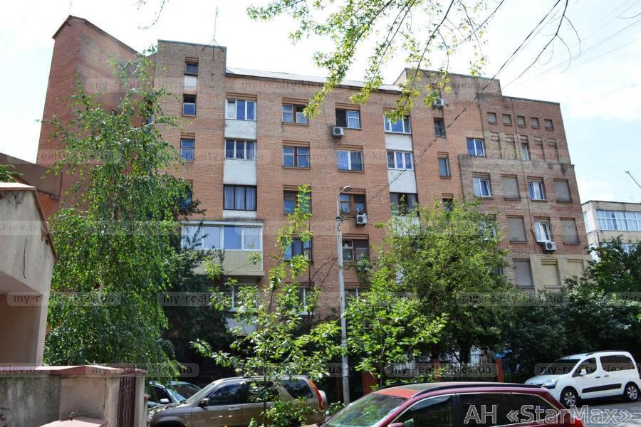 Фото 5 - Продам квартиру Киев, Еленовская ул.