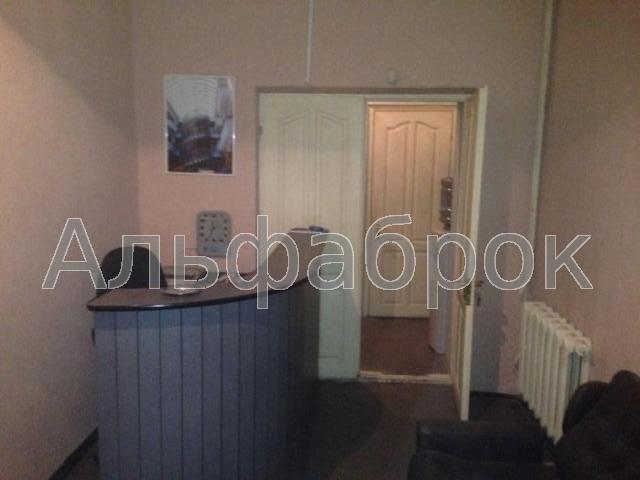 Продам офис в офисном центре Киев, Печенежская ул.