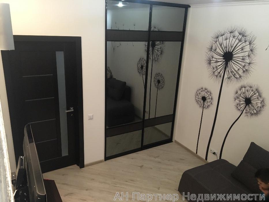 Продам квартиру Вишневое, Первомайская ул.