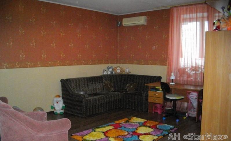 Продам квартиру Киев, Здолбуновская ул. 4