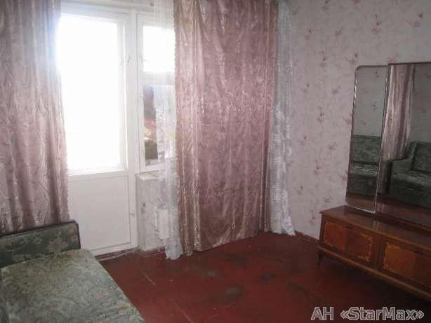Продам квартиру Киев, Ирпенская ул. 2