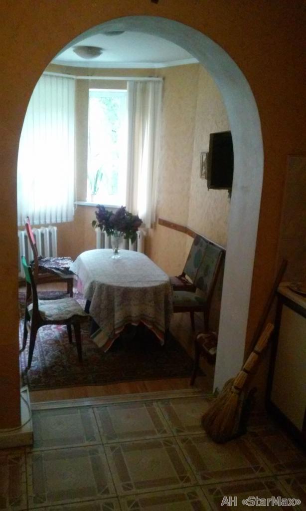 Продам квартиру Киев, Григоровича-Барского ул. 3