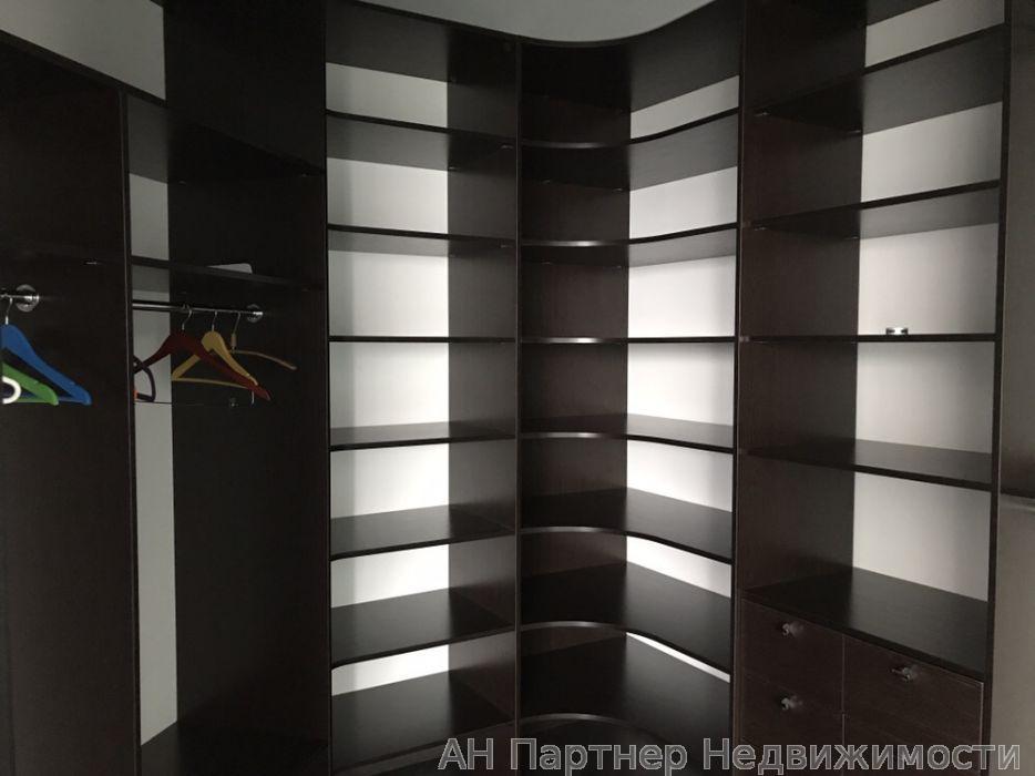 Фото 4 - Продам квартиру Киев, Княжий Затон ул.