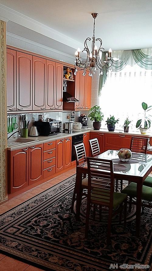 Продам квартиру Киев, Провиантская ул. 3