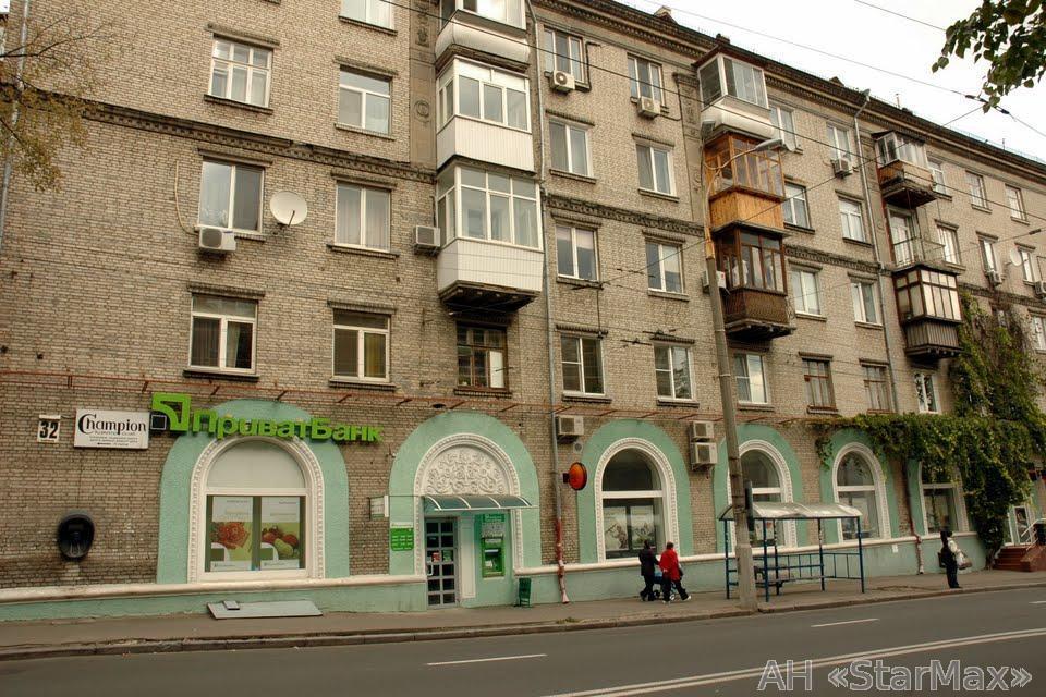 Продам квартиру Киев, Белорусская ул. 2