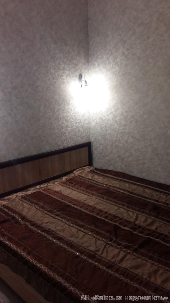 Фото 3 - Продам квартиру Киев, Дегтяренко Петра ул.