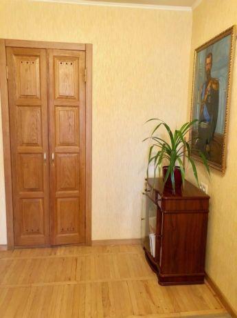 Продам квартиру Днепропетровск, Тополь 1 ж/м