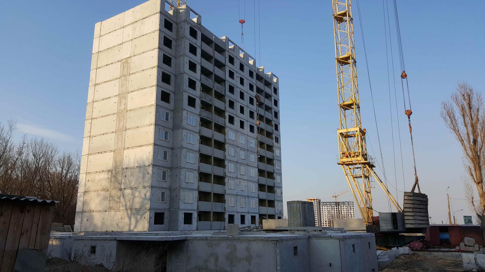 Продам квартиру несданный новострой Киев, Моторный пер.