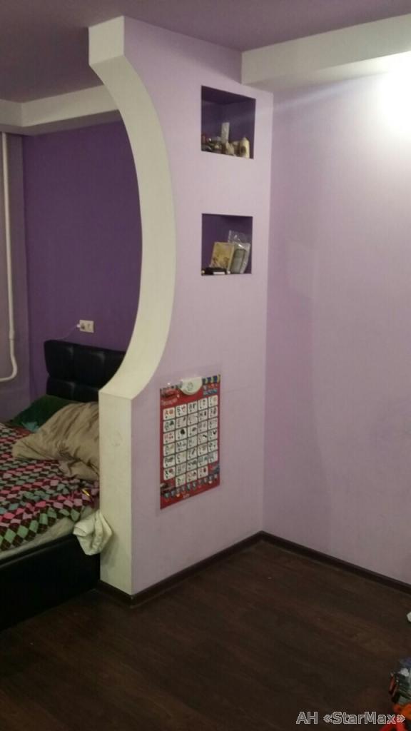 Продам квартиру Киев, Бурмистенко пер.