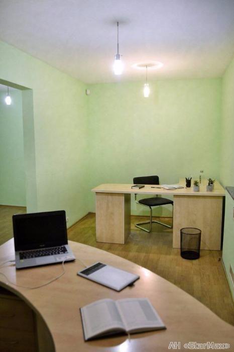 Сдам офис в офисном центре Киев, Набережно-Луговая ул.
