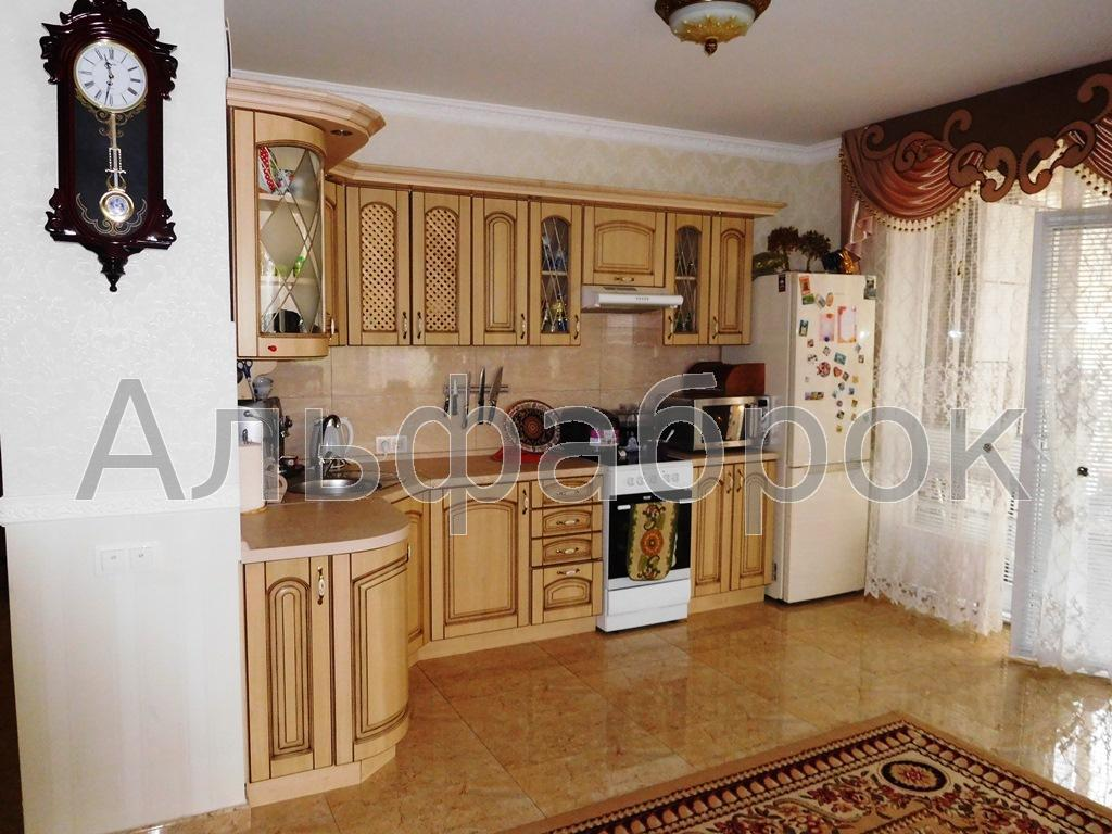 Продам квартиру Киев, Петрицкого Анатолия ул.