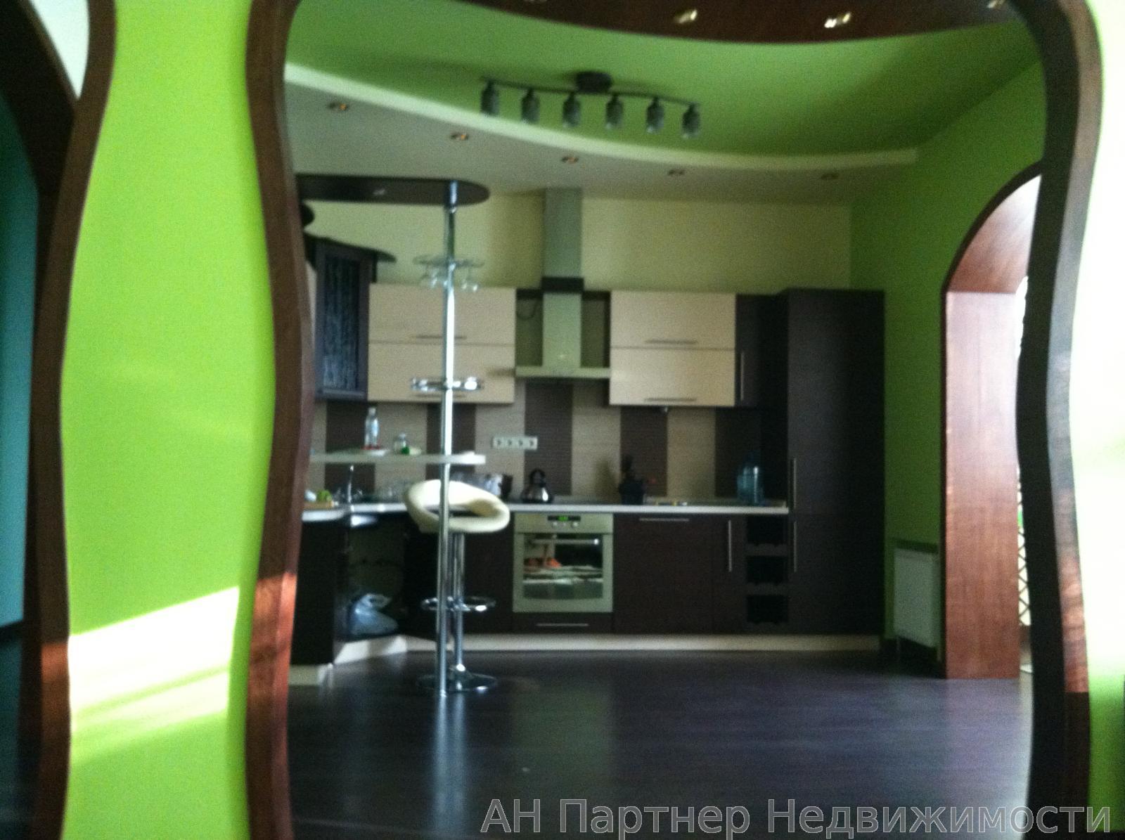Продам квартиру Киев, Лаврухина Николая ул.