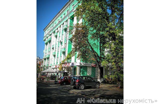 Продам квартиру Киев, Леонтовича ул. 4