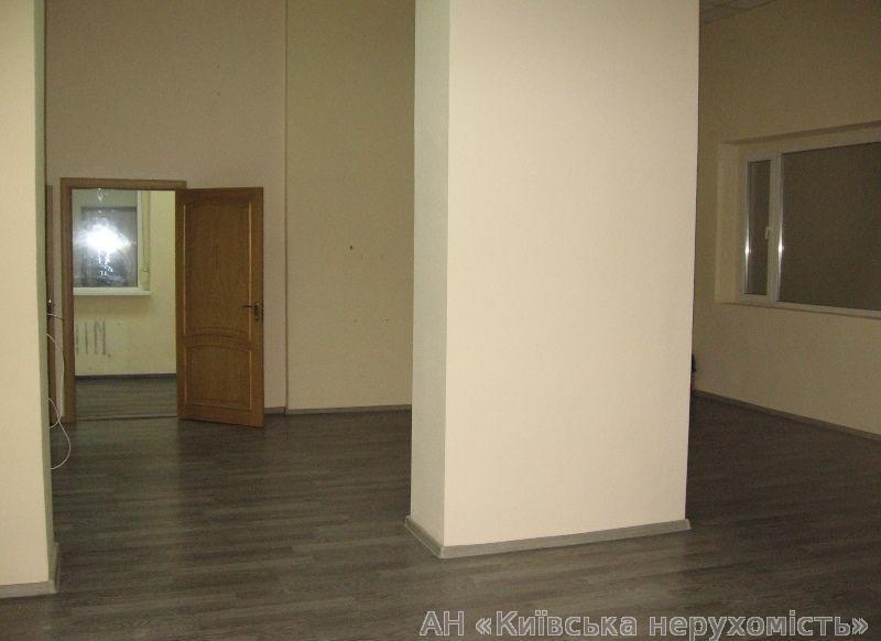 Продам офис в многоквартирном доме Киев, Дарницкий бул.