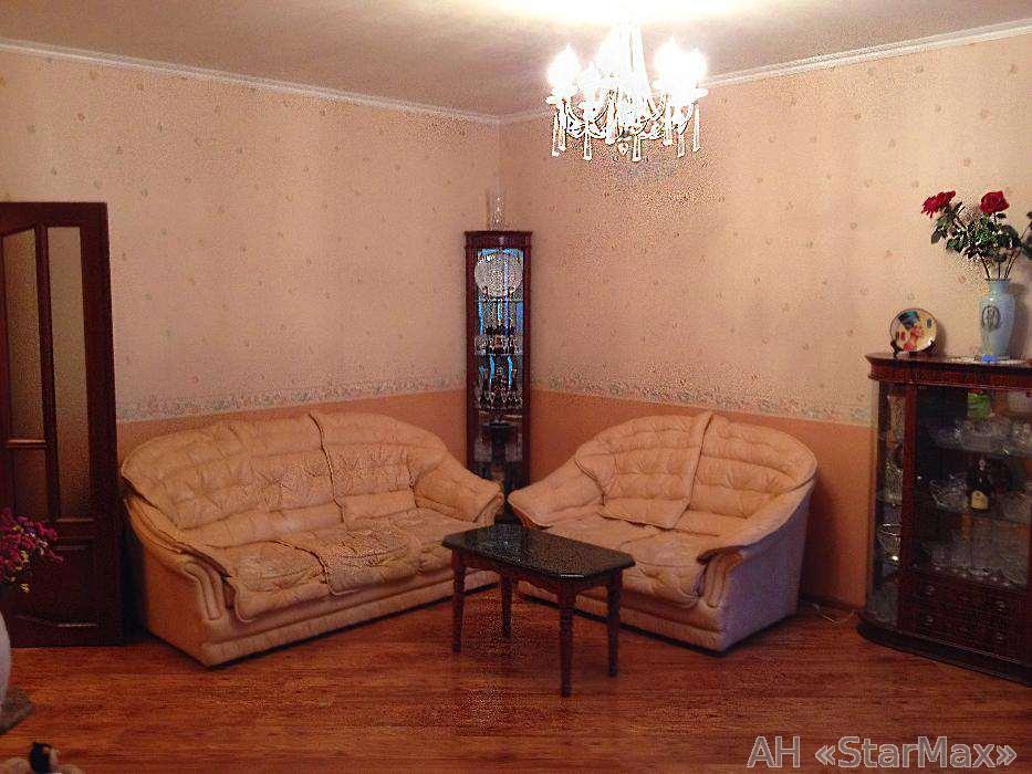 Продам квартиру Киев, Арсенальная ул.