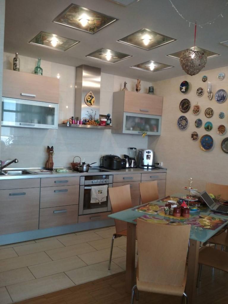 Продам квартиру Днепропетровск, Суворова ул.