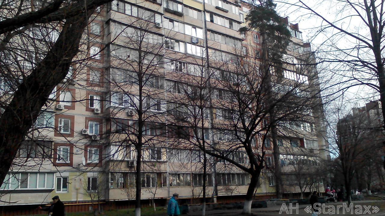 Продам квартиру Киев, Чернобыльская ул. 5