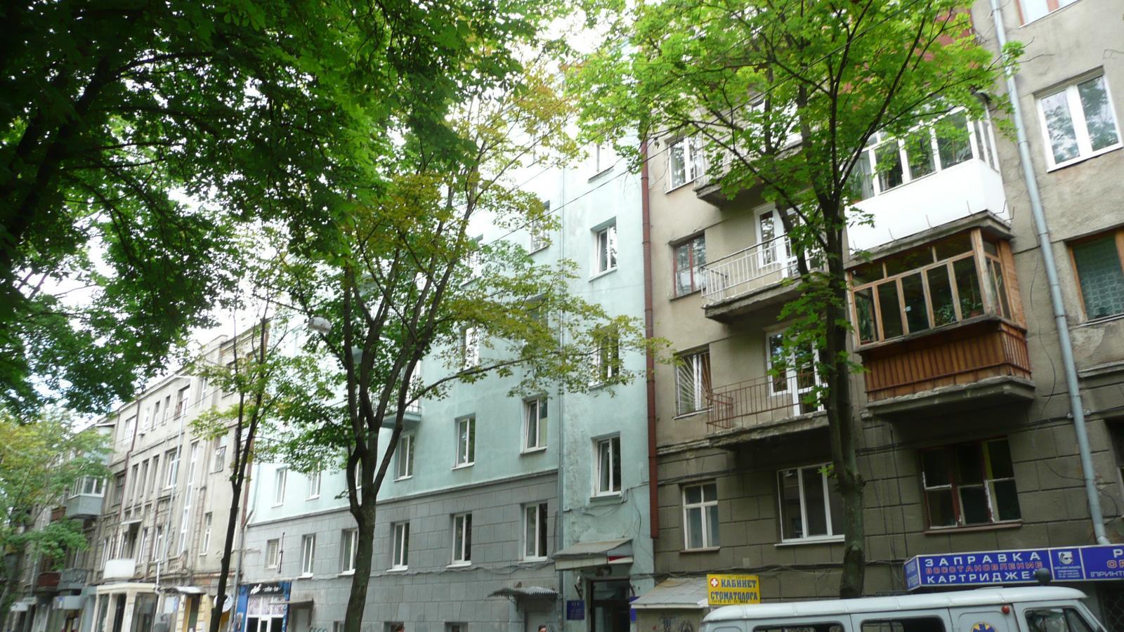 Продам офис в многоквартирном доме Харьков, Гуданова ул.