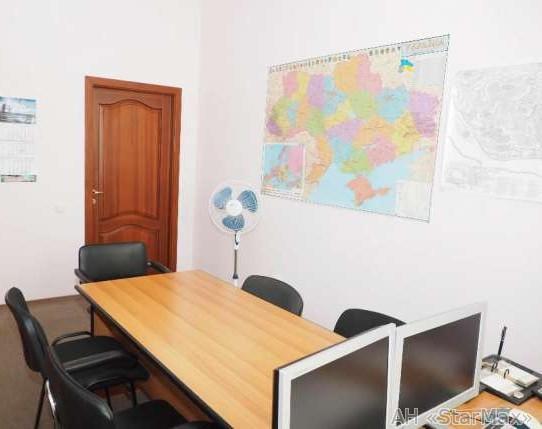Продам офисное здание Киев, Гарматная ул. 4
