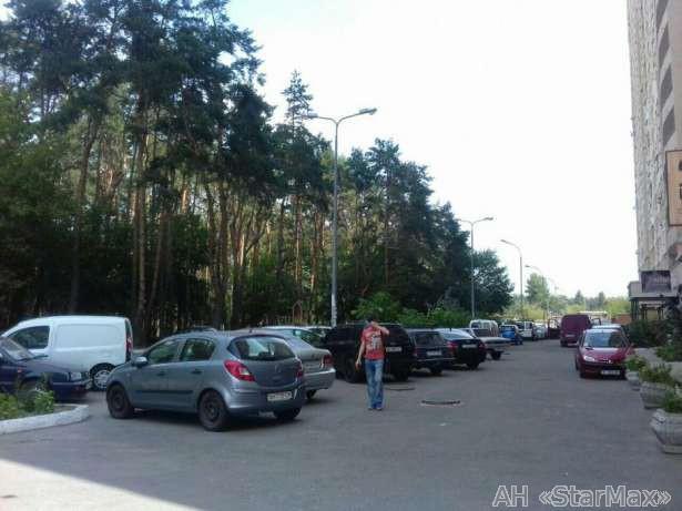Продам квартиру Киев, Олевская ул.