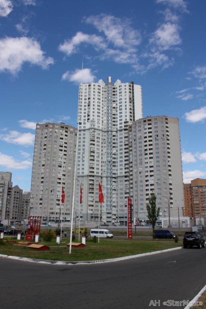 Фото 2 - Продам квартиру Киев, Княжий Затон ул.