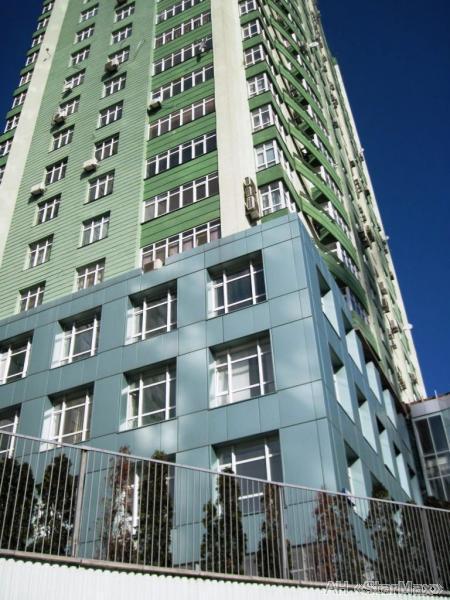 Продам квартиру Киев, Лобановского пр-т 2