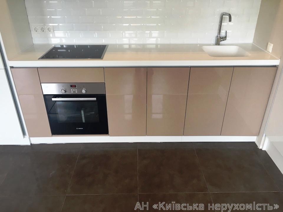 Продам квартиру Козин, Киевская ул. 3