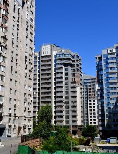 Продам апартаменты Киев, Драгомирова Михаила ул. 4