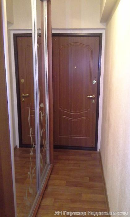 Продам квартиру Киев, Военная ул. 2